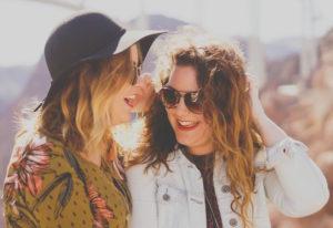 Frauen Lachen lebensfreude Glück